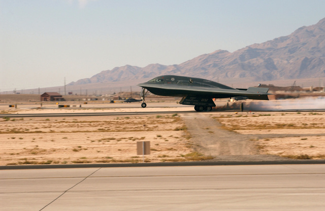"""The US Air Force (USAF) B-2 Spirit bomber, """"The Spirit of Pennsylvania,"""" lands at Nellis Air Force Base (AFB), Nevada (NV)"""