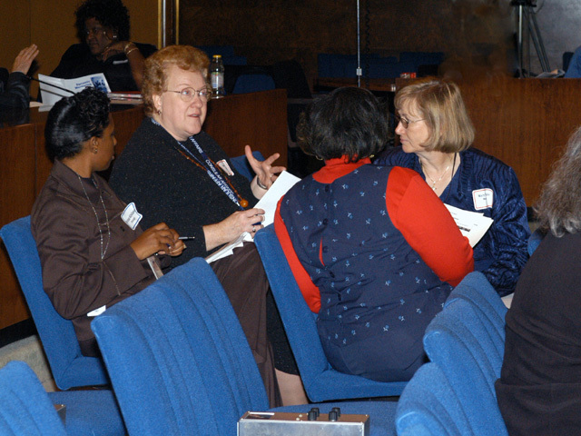 [Assignment: 59-CF-DS-9034-04] Civil service mid-term evaluation session in Loy Henderson Auditorium [Photographer: Mark Stewart--State] [59-CF-DS-9034-04_Mentoring_29.jpg]