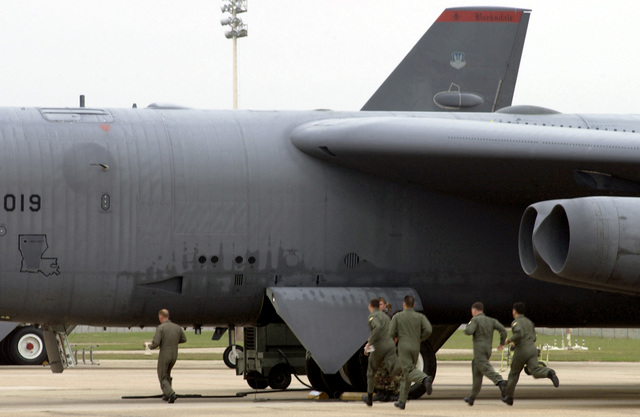 US Air Force (USAF) aircrews from the 2nd Bomb Wing (BW), at Barksdsale Air Force Base (AFB), run to launch their B-52H Stratofortress bombers in Minimal Interval Takeoffs (MITO's) during an Operational Readiness Inspection (ORI)