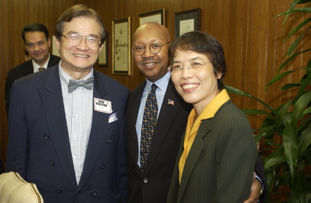 Deputy Secretary Alphonso Jackson with Madame Ho Mei-yueh