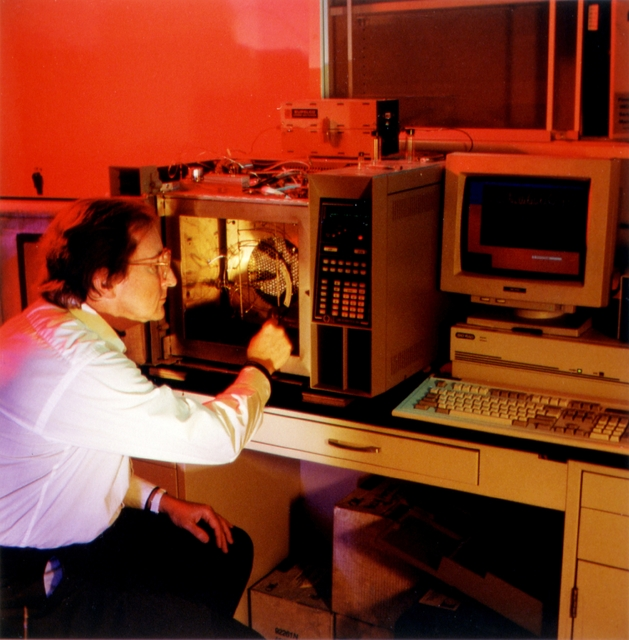 Library of Environmental Images, Office of Research and Development (ORD), September 1996 - Environmental Technology - Scientist conducting infrared spectroscopy analysis
