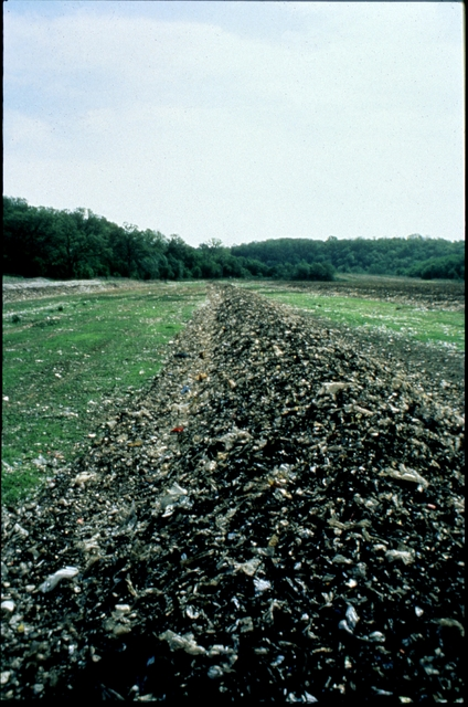 Library of Environmental Images, Office of Research and Development (ORD), September 1996 - Pollution Prevention - Composting in windrow
