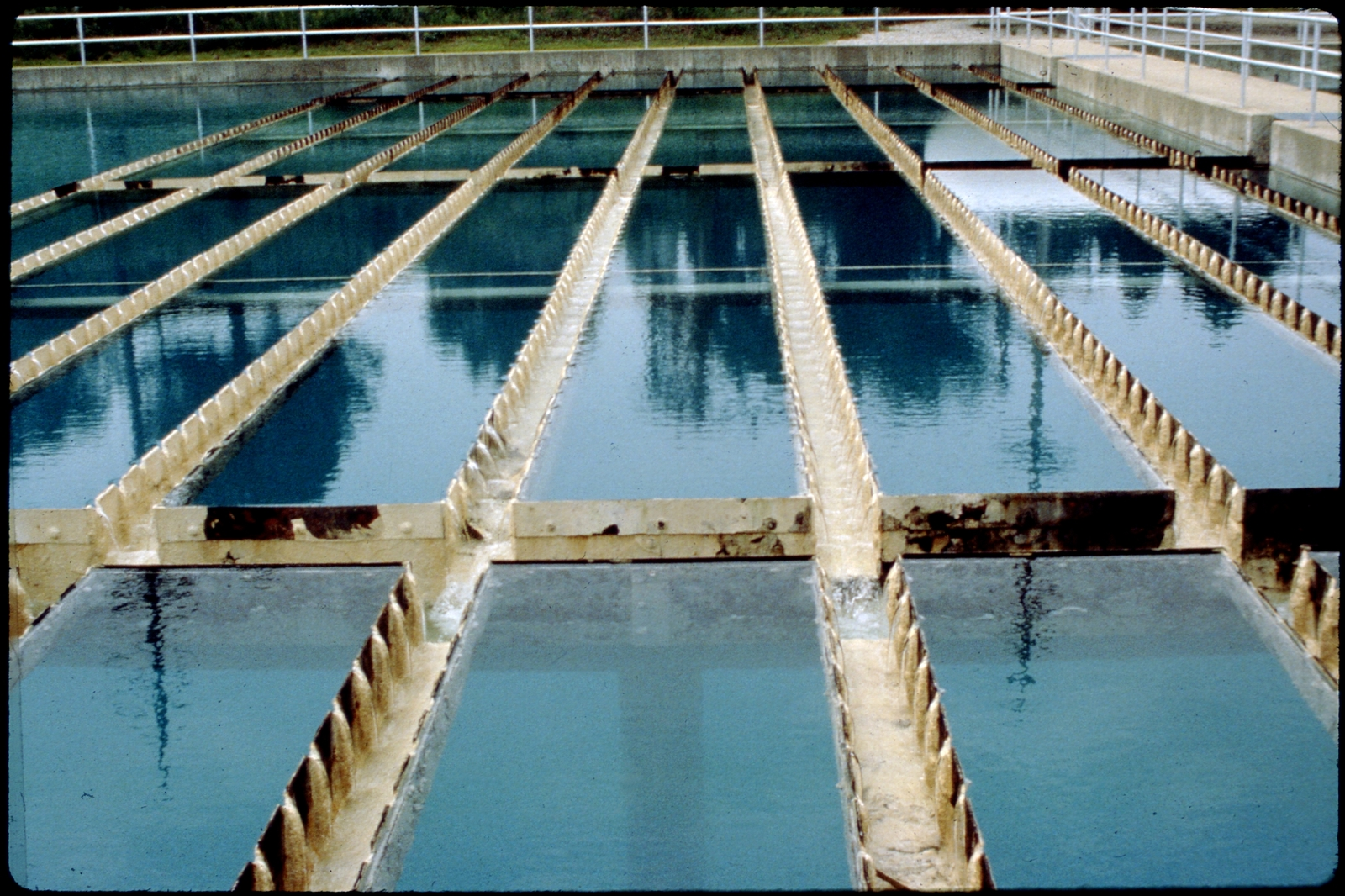 Library of Environmental Images, Office of Research and Development (ORD), September 1996 - Water - Water treatment facility