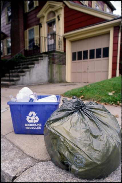 Library of Environmental Images, Office of Research and Development (ORD), September 1996 - Municipal Solid Waste - Recycling bin and garbage bag on curb