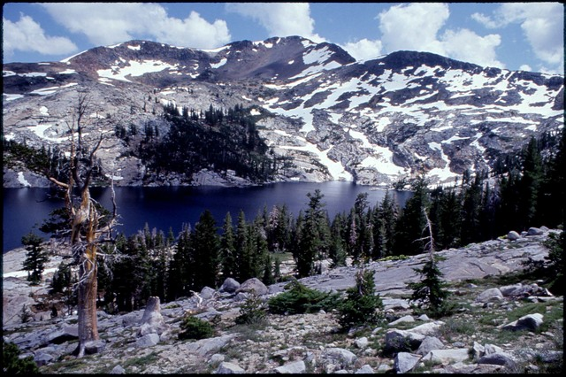 Library of Environmental Images, Office of Research and Development (ORD), September 1996 - Scenic/General - Alpine lake (Desolation Wilderness, CA)
