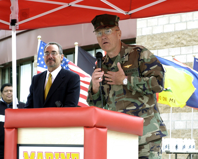 US Marine Corps (USMC) Major General (MGEN) William G. Bowdon (foreground), Commanding General, Marine Corps Base (MCB) Camp Pendleton, gives opening remarks prior to the Ribbon Cutting Ceremony, during the grand opening of the Semper Fit Field House, located at Marine Corps Base (MCB), Camp Pendleton, California (CA)