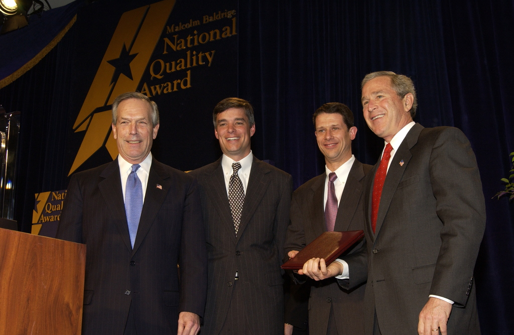 [Assignment: NIST_2004_2160_1] National Institute of Standards and Technology - MALCOLM BALDRIGE NATIONAL QUALITY AWARD CEREMONY [40_CFD_NIST_2004_2160_1_DSC_1949.JPG]