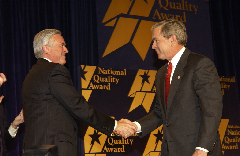 [Assignment: NIST_2004_2160_1] National Institute of Standards and Technology - MALCOLM BALDRIGE NATIONAL QUALITY AWARD CEREMONY [40_CFD_NIST_2004_2160_1_DSC_2049.JPG]