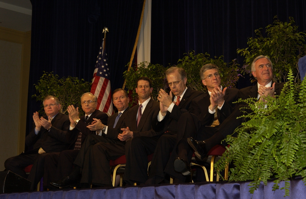 [Assignment: NIST_2004_2160_1] National Institute of Standards and Technology - MALCOLM BALDRIGE NATIONAL QUALITY AWARD CEREMONY [40_CFD_NIST_2004_2160_1_DSC_2048.JPG]