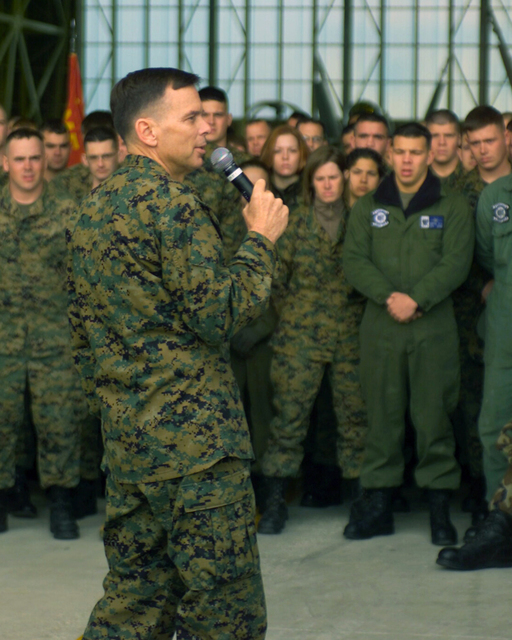 US Marine Corps (USMC) General (GEN) William L. Nyland (right), Assistant Commandant of the Marine Corps (ACMC), speaks about the delicate relationship between the United States and North Korea to the Marines in Hangar 1510 during his official tour of Marine Corps Air Station (MCAS) Iwakuni, Japan