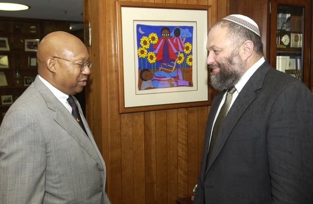 Acting Secretary Alphonso Jackson with Israeli Minister of Housing Effie Eitam
