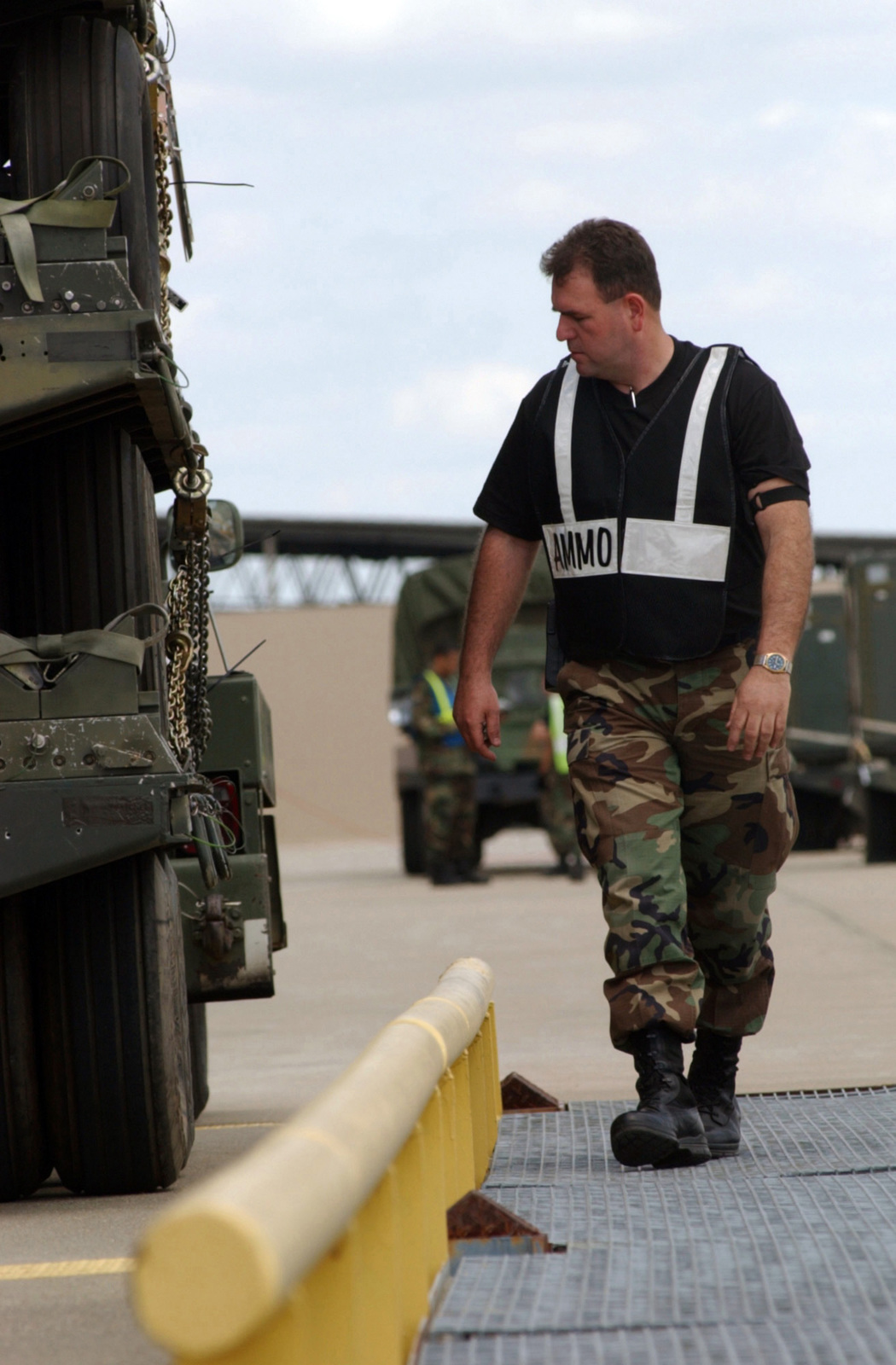 A US Air Force (USAF) Cargo Check-in crew member inspects a vehicle parked on a scale during Phase I of an Operation Readiness Exercise, being conducted on Shaw Air Force Base (AFB), South Carolina (SC)