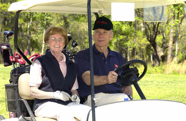 US Marine Corps (USMC) General (GEN) Michael W. Hagee, the 33rd Commandant of the Marine Corps (CMC), and his wife enjoy a game of golf at the Legends Golf Course at Marine Corps Recruiting Depot (MCRD) Parris Island, South Carolina (SC)