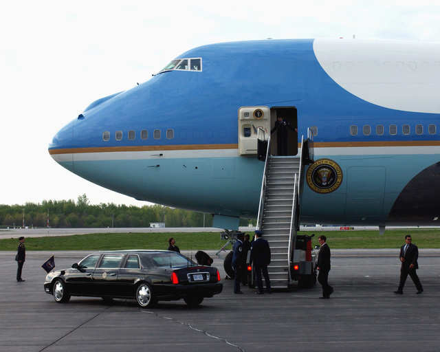 """Air Force One lands at Toledo Express Airport (TOL), delivering President George W. Bush for his tour of Ohio (OH). Bush is conducting his """"Industrial Midwest"""" Campaign in support of the upcoming elections"""