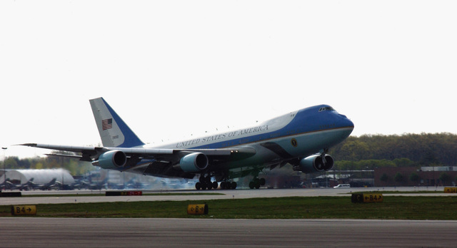 """Air Force One lands at Toledo Express Airport (TOL), Ohio (OH), delivering President George W. Bush for his tour of Ohio. Bush is conducting his """"Industrial Midwest"""" Campaign in support of the upcoming elections"""