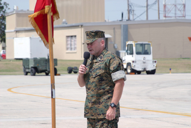 US Marine Corps (USMC) Lieutenant Colonel (LCT) Jack R. Snider, Out- Going Commander, Marine Fighter Attack Squadron Three One Two (VMFA-312), delivers his farewell speech during the Units Change of Command Ceremony held aboard Marine Corps Air Station (MCAS) Beaufort, South Carolina (SC)