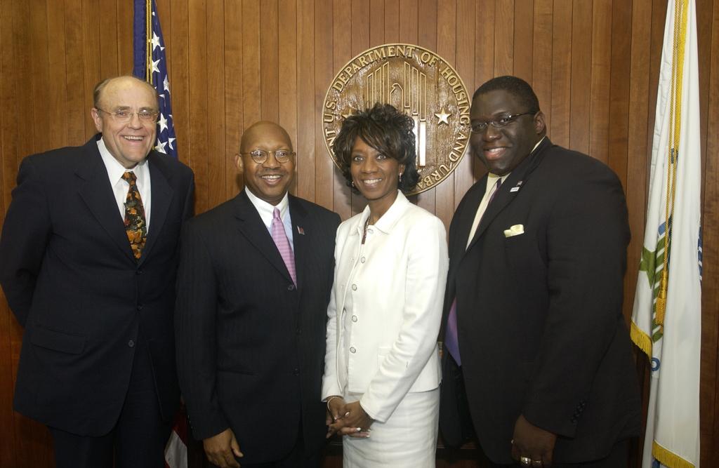 Secretary Alphonso Jackson with Roma Lewis