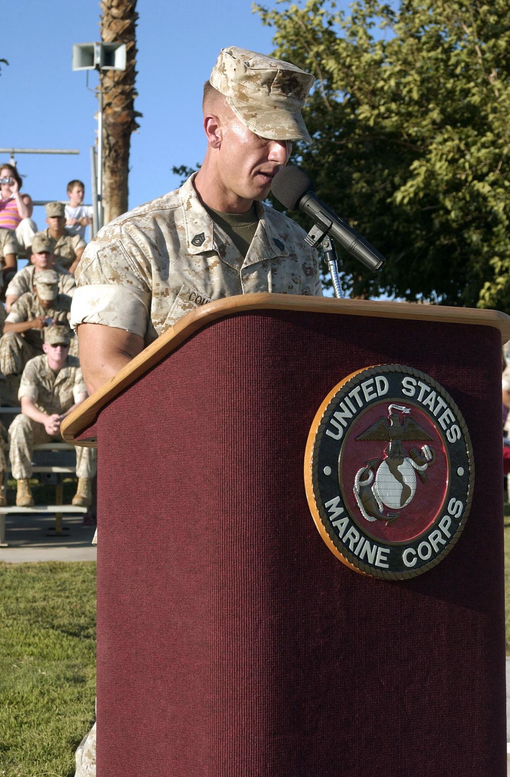 us marine corps usmc gunnery sergeant gysgt courvilie gives the