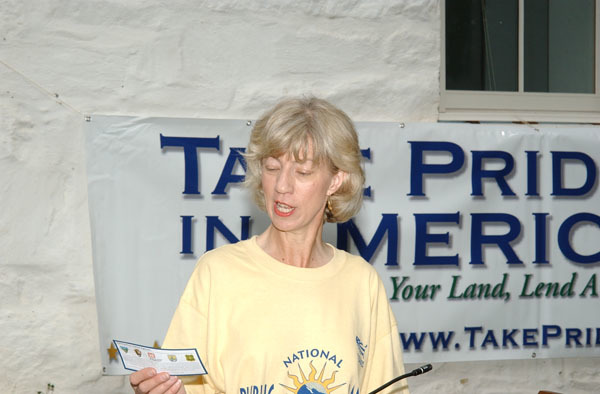 Secretary Gale Norton speaking during visit to Chesapeake and Ohio Canal National Historical Park, Maryland, for tours, promotion of National Public Lands Day and Take Pride in America volunteer projects, and announcement of fee-free day at public lands for September 18, 2004