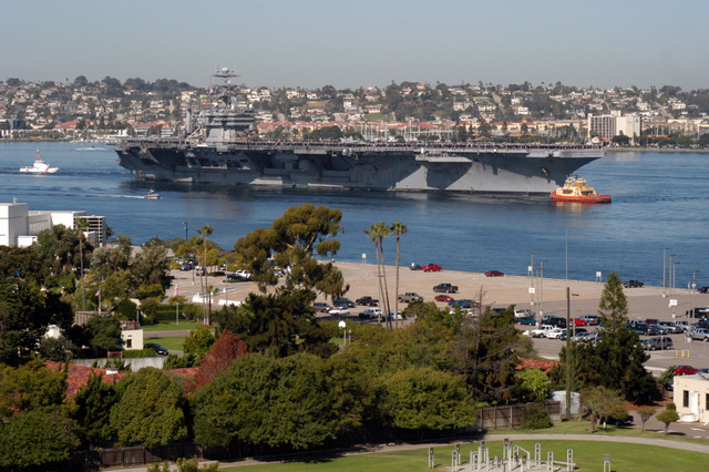 A starboard bow view of the US Navy (USN) Nimitz Class Aircraft Carrier, USS JOHN C STENNIS (CVN 74) returning home to Naval Base San Diego, California (CA), after a five-month deployment to the northern and western areas of the Pacific Ocean (POC)