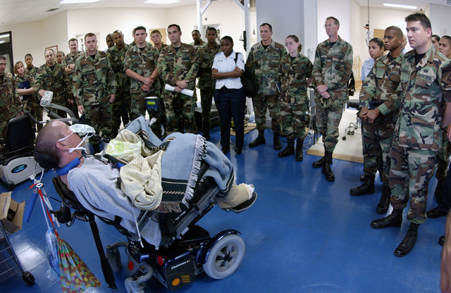 US Navy (USN) PETTY Officer Third Class (PO3) Pete Herrick, a patient at the James A. Haley Veterans Hospital, in Tampa, Florida (FL) talks about his experiences in Iraq to a group of US Air Force (USAF) Airmen from MacDill Air Force Base (AFB), FL. P03 Herrick was injured during a mortar attack near Fallujah, during Operation IRAQI FREEDOM