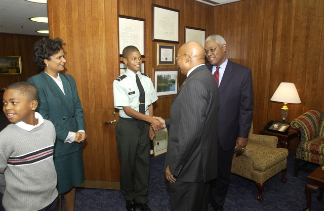 Secretary Alphonso Jackson with Ken Glover and Family