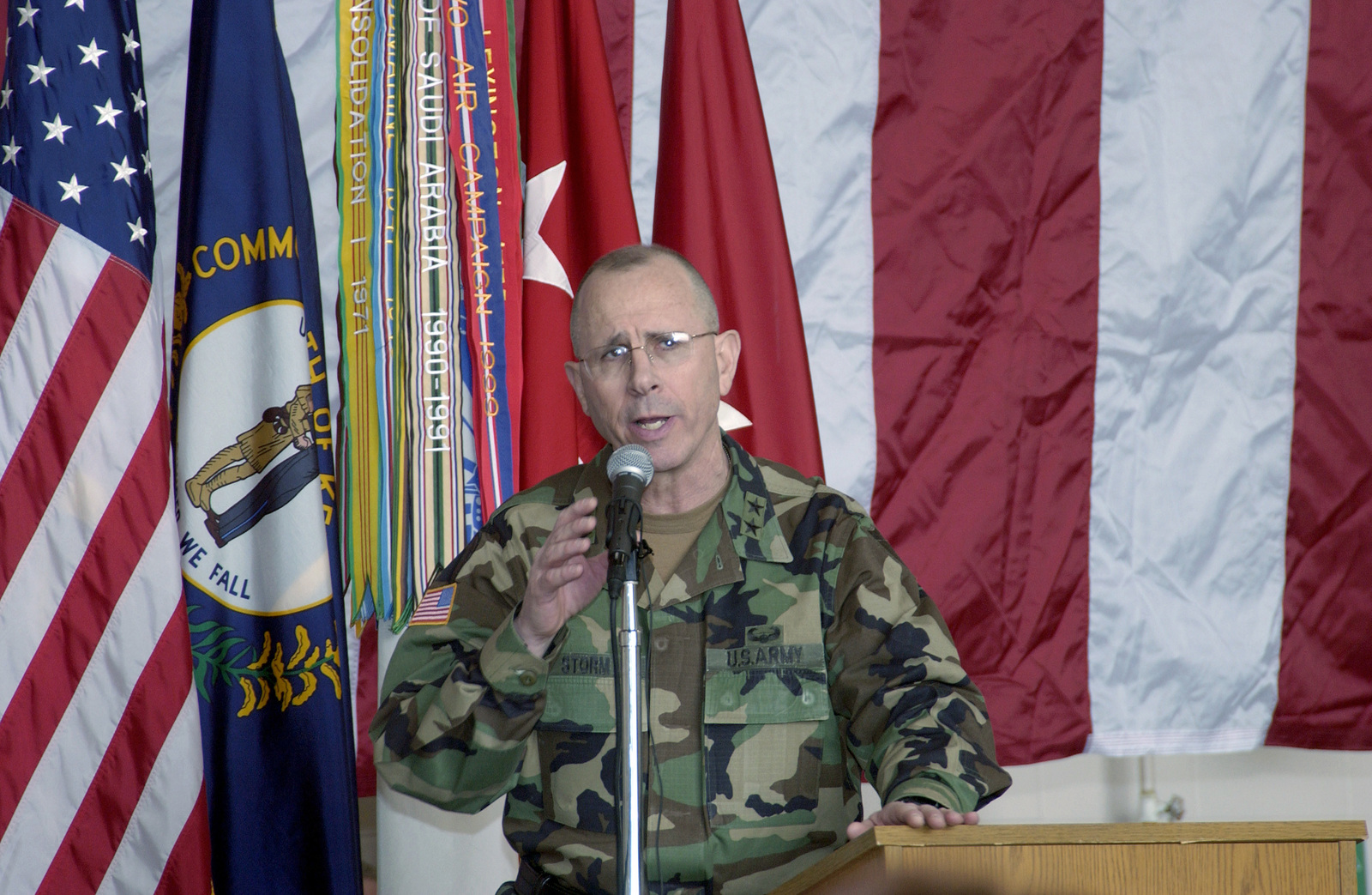 MAJ. GEN. Donald C. Storm, Adjutant General of Kentucky Army National Guard,  welcomes the 2123rd Transportation Company back home from Iraq at the 123rd Airlift Wing, Standiford Field, Louisville, Ky., on Feb. 6, 2005. (U.S. Air Force PHOTO by MASTER SGT. Mark Hines) (Released)