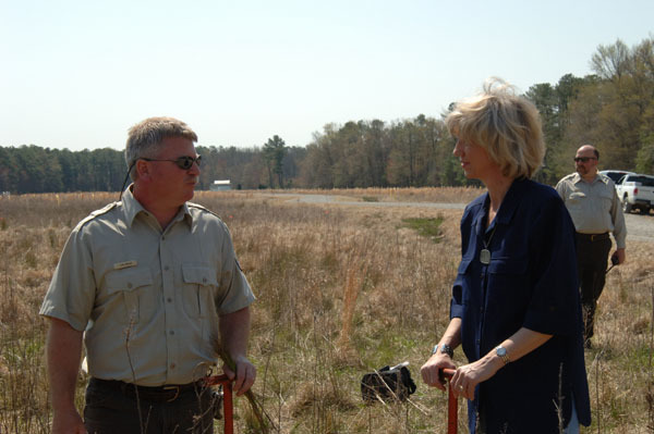 Visit of Secretary Gale Norton, in advance of Earth Day, to Blackwater National Wildlife Refuge, Cambridge, Maryland, to work alongside conservation volunteers on a reforestation project and to view results of cooperative federal, state, local, private, non-profit projects for wetlands restoration, reforestation, and hazardous fuels reduction