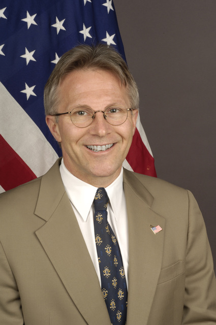 [Assignment: 59-CF-DS-21241-05] Official portrait of Terence McCulley, U.S. Ambassador-designate to Mali [Photographer: Ann Thomas--State] [59-CF-DS-21241-05_DSC0023Terence_P_Mc_Culley.jpg]