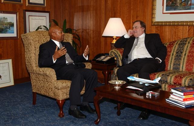 Secretary Alphonso Jackson with Britain's Deputy Prime Minister John Prescott