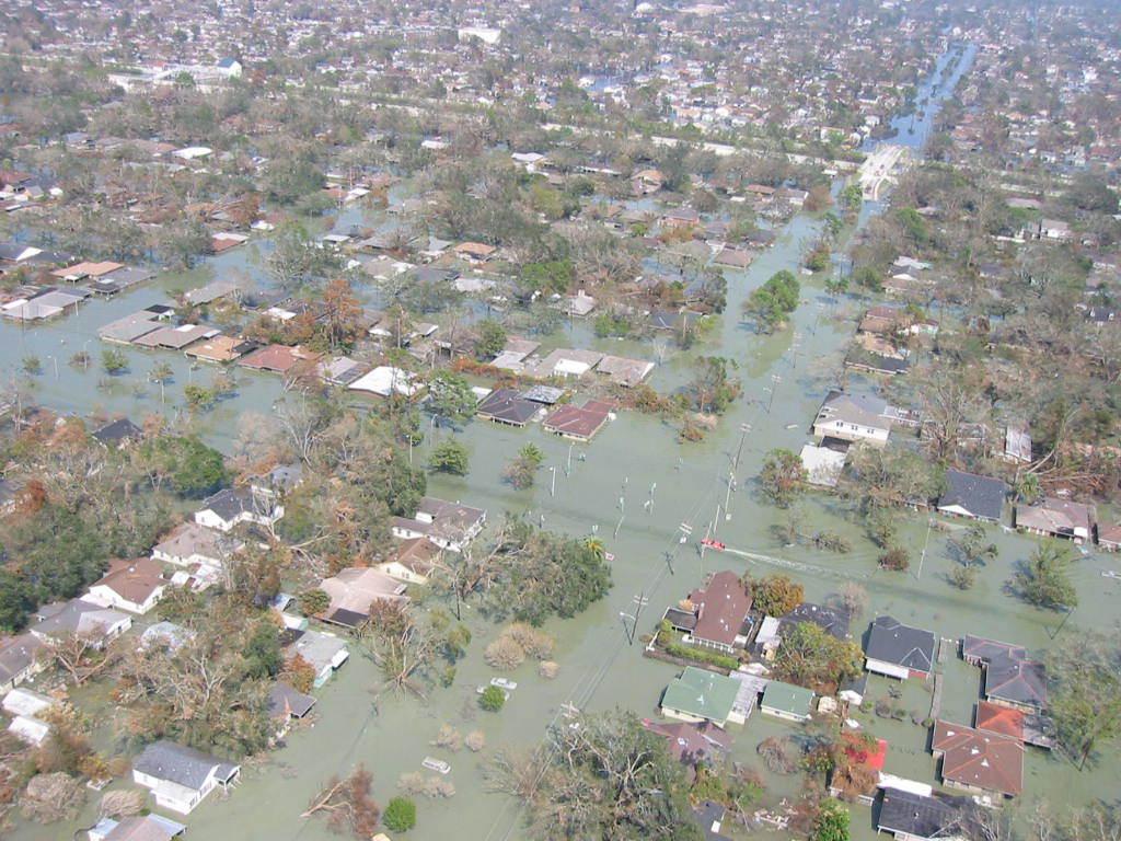 [Assignment: 48-DPA-N_Katrina_9-13-05] Visit of Secretary Gale Norton, [aides to Gulf Coast to view damage from] Hurricane Katrina  [48-DPA-N_Katrina_9-13-05_IMG_0052.jpg]