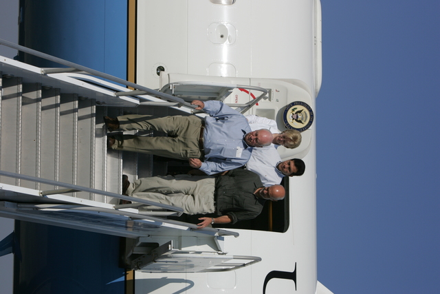Vice President Cheney, Secretary Michael Chertoff, Lynne Cheney, and Attorney General Alberto Gonzales Disembark from Air Force Two