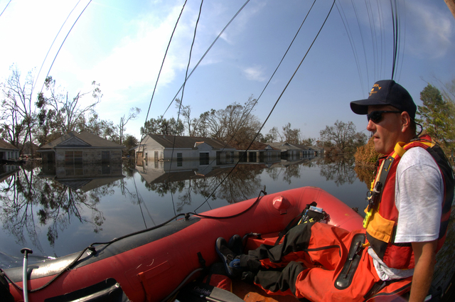 [Hurricane Katrina] New Orleans, LA, September 9, 2005 -- FEMA Urban Search and Rescue teams continue search operations into neighborhoods flooded by Hurricane Katrina.  Jocelyn Augustino/FEMA