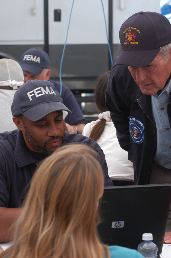 [Hurricane Katrina] Hancock County, Miss., September 8, 2005 -- Former President George H. W. Bush visits the Waveland Disaster Recovery Center (DRC).  President Bush is touring the Mississippi and Louisiana gulf coasts to see the damage caused by Hurricane Katrina and the ongoing recovery efforts.  FEMA/Mark Wolfe