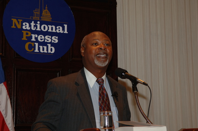 [Assignment: 48-DPA-N_DOUI_Speak_Gavin] Department of the Interior University-sponsored presentation,  [at the National Press Club],  by Dr. James Gavin, [author of Dr. Gavin's Health Guide for African Americans] [48-DPA-N_DOUI_Speak_Gavin_DOI_0745.JPG]