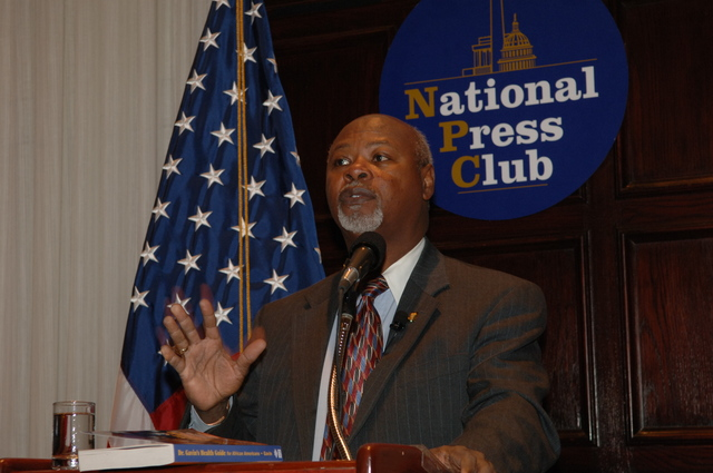 [Assignment: 48-DPA-N_DOUI_Speak_Gavin] Department of the Interior University-sponsored presentation,  [at the National Press Club],  by Dr. James Gavin, [author of Dr. Gavin's Health Guide for African Americans] [48-DPA-N_DOUI_Speak_Gavin_DOI_0740.JPG]