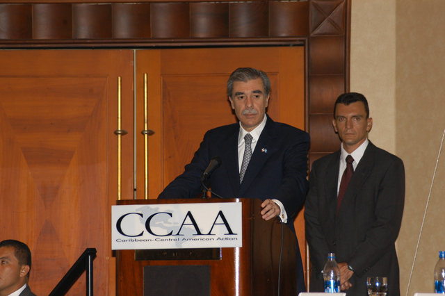 [Assignment: OS_2006_1201_34_C] Office of the Secretary (Carlos Gutierrez) - Secretary Central America Free Trade Agreement Trade Mission to Guatemala [40_CFD_OS_2006_1201_34_C_4369_c_115.jpg]