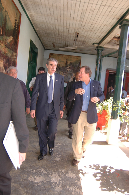 [Assignment: OS_2006_1201_34_D] Office of the Secretary (Carlos Gutierrez) - Secretary Central America Free Trade Agreement Trade Mission to Guatemala [40_CFD_OS_2006_1201_34_D_4369_d_024.jpg]