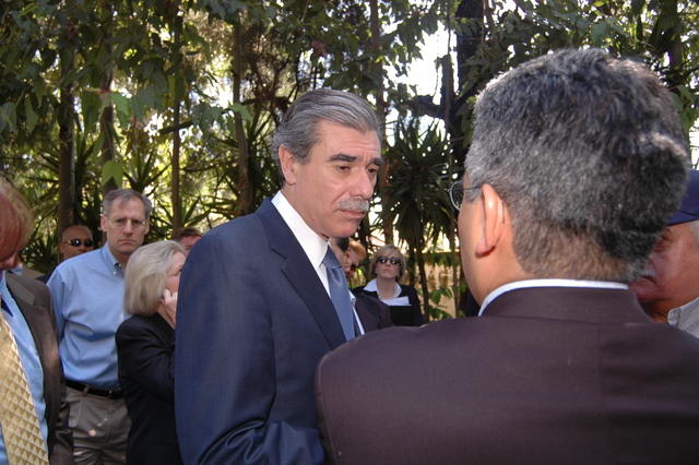 [Assignment: OS_2006_1201_34_F] Office of the Secretary (Carlos Gutierrez) - Secretary Central America Free Trade Agreement Trade Mission to Guatemala [40_CFD_OS_2006_1201_34_F_4369_f_197.jpg]