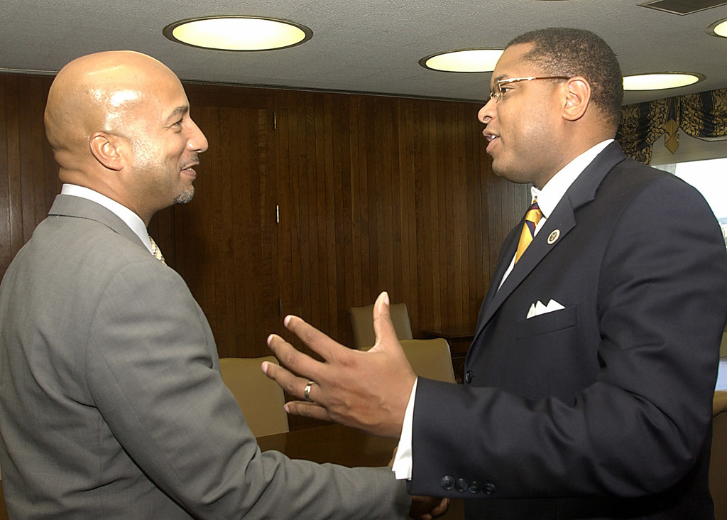 Assistant Secretary Steven Nesmith with New Orleans Mayor Ray Nagin - Assistant Secretary for Congressional and Intergovernmental Relations Steven Nesmith with New Orleans, Louisiana Mayor Ray Nagin during Nagin's visit to HUD Headquarters