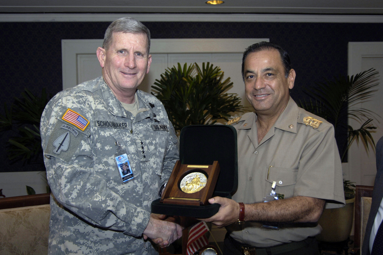 US Army (USA) General (GEN) Peter A. Schoomaker (left), USA CHIEF of STAFF, poses receives a plaque from Peruvian Army GEN Alberto Munoz Diaz, the Peruvian Army CHIEF of STAFF, during the Conference of American Armies Commander's Conference, held in Buenos Aires, Argentina (ARG)