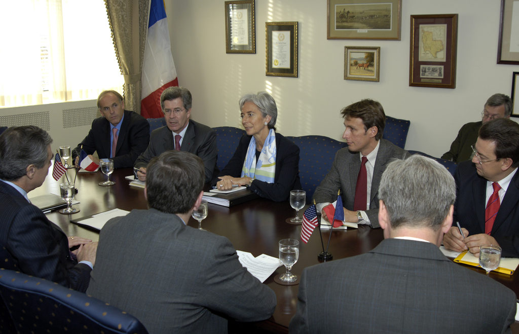 [Assignment: OS_2006_1201_35] Office of the Secretary (Carlos Gutierrez) - Secretary with French Minister Christine Lagarde [40_CFD_OS_2006_1201_35__DSC2619.JPG]
