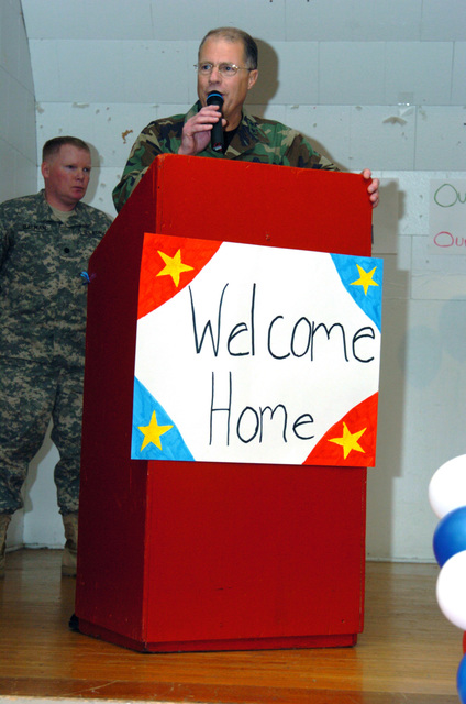 US Army (USA) Major General (MGEN) Thomas Cutler, Michigan State Adjutant; speaks during a Homecoming Ceremony for USA Soldiers assigned to Headquarters (HQ), 1ST Battalion, 119th Field Artillery (1-119th FA), Michigan Army National Guard (MIARNG), at the armory in Lansing, Michigan (MI), returning home following a one year tour of duty in Iraq. (A3596)