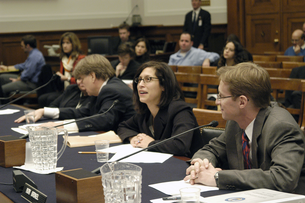 [Assignment: OS_2006_1201_64] Office of the Secretary (Carlos Gutierrez) - Chris Israel Testifies House Judicial Subcommittee On Courts [40_CFD_OS_2006_1201_64_DSC_2991.JPG]