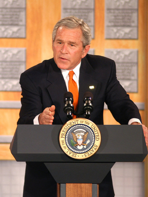 [Assignment: 59-CF-DS-26241A-06] President George Bush addressing Summit of U.S. University Presidents on International Education, Dean Acheson Auditorium [Photographer: Mark Stewart--State] [59-CF-DS-26241A-06_DSC_0243.JPG]