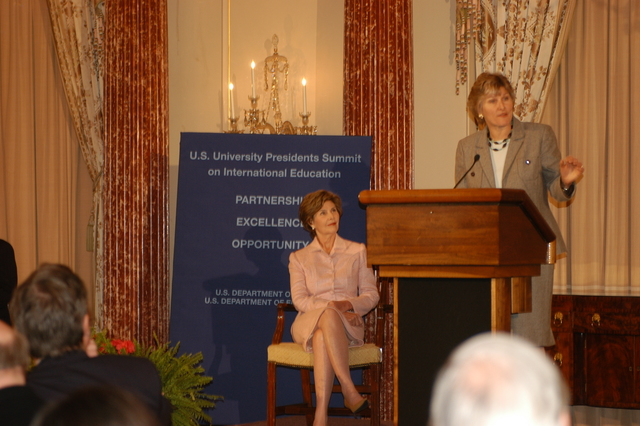 [Assignment: 59-CF-DS-24444-06] First Lady Laura Bush, Under Secretary for Public Diplomacy and Public Affairs Karen Hughes appearing at the Summit of U.S. University Presidents on International Education, Benjamin Franklin Room [Photographer: Ann Thomas--State] [59-CF-DS-24444-06_DSC_0887.JPG]