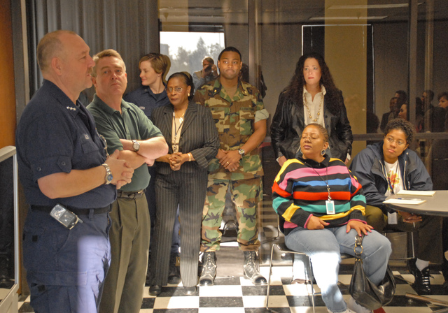 [Hurricane Katrina] New Orleans, LA, 01-31-06 -- FCO/PFO Vice Admiral Thad Allen (USCG) introduces his replacement for FEMA Deputy Director of Gulf Coast Recovery, Gil Jamieson at a FEMA All-Hands meeting.  Vice Admiral Thad Allen is touring the Hurricane stricken Gulf States coordinating recovery efforts.  MARVIN NAUMAN/FEMA photo