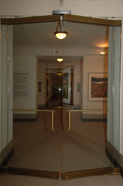 [Assignment: 48-DPA-N_Mus_Exhibit_2-2-06] Interior Museum exhibits, [viewing spaces] [48-DPA-N_Mus_Exhibit_2-2-06_DOI_5845.JPG]
