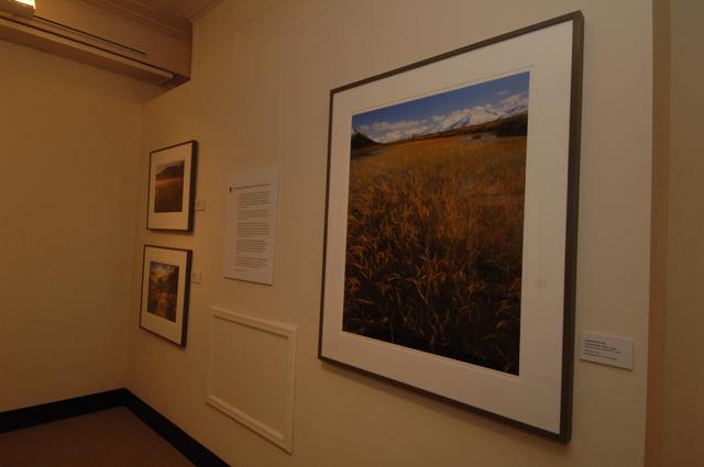 [Assignment: 48-DPA-N_Mus_Exhibits_2-9-06] Interior Museum exhibits, [viewing spaces] [48-DPA-N_Mus_Exhibits_2-9-06_DOI_6327.JPG]
