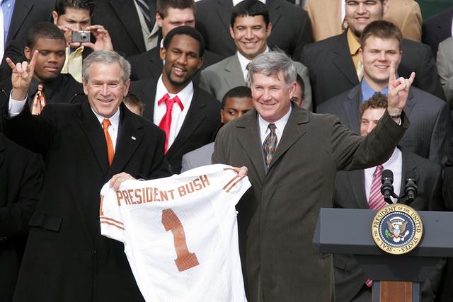President George W. Bush with the NCAA Football Champion Texas Longhorns